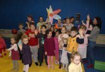 В КТЦ Дружба провели игру для детей
