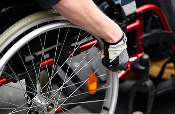 Мужчина поджег себя у белого дома в пятницу вечером. Стоит отметить, что мужчина приехал к Белому дому в электрической инвалидной коляске.