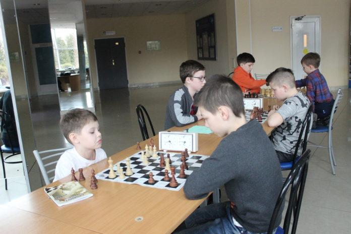 ДС Олимпийский Чехов - шахматы, кубок Федерации. В ДС Олимпийский Чехов 30 марта состоялись соревнования т по шахматам среди детей и взрослых.