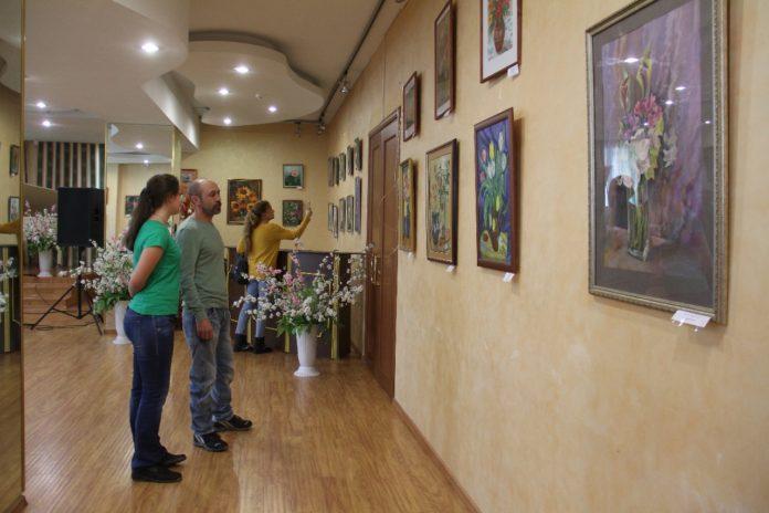 Выставка Цветочный Вернисаж в КТЦ Дружба