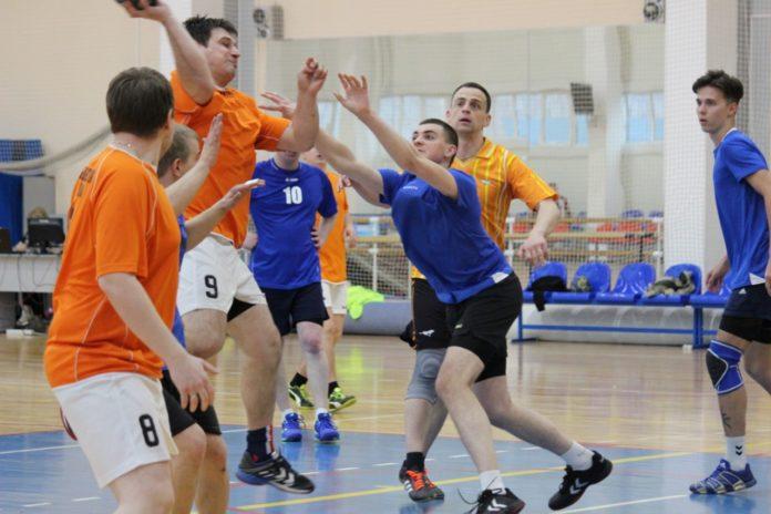 В ДС Олимпийский 13 апреля 2019 года состоялся 5-й любительский турнир по Гандболу. Соревнования команд прошли на 4-х площадках, в Дворце спорта Олимпийский и в Надеждах России.
