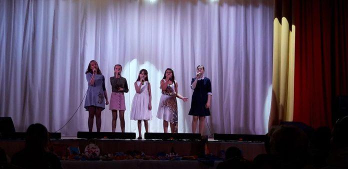 Отчётный концерт творческих коллективов в ДК Современник