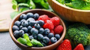 фрукты разных цветов
