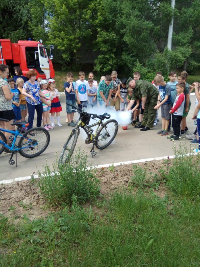 Сотрудники лагерей дневного пребывания организовали для детей мероприятия