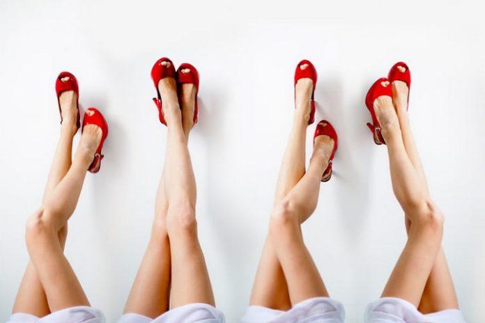 гладких ног