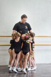 танцы для детей от 2 лет 2