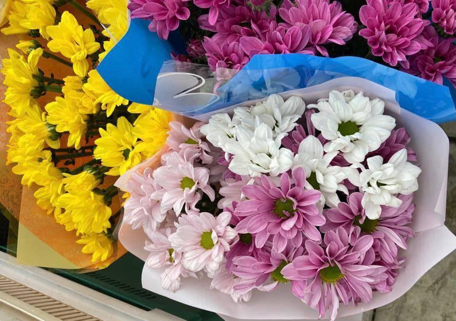 Цветы ко Дню знаний можно будет купить в 1,5 тысячи точках Подмосковья | Изображение 1