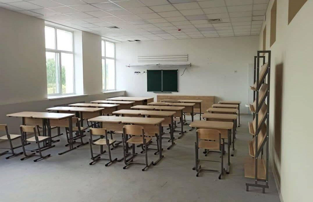 Мебель начали завозить в новую школу Наро-Фоминска | Изображение 2