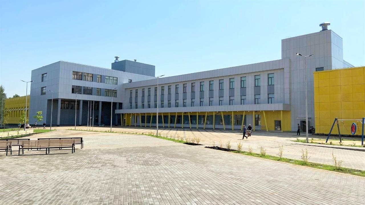 Новую школу почти достроили в микрорайоне Рекинцо-2 Солнечногорска | Изображение 1