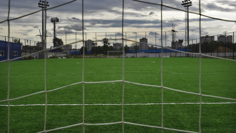 Ремонт стадиона у школы №7 в Дубне подошел к концу