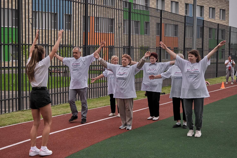 Стадион новой школы в Ленинском округе стал доступным для местных жителей | Изображение 1