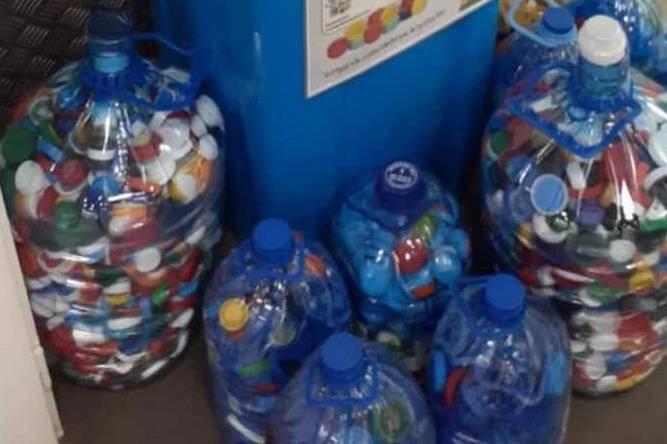 Жители Чехова и Подольска собрали 600 литров «добрых крышечек»   Изображение 1