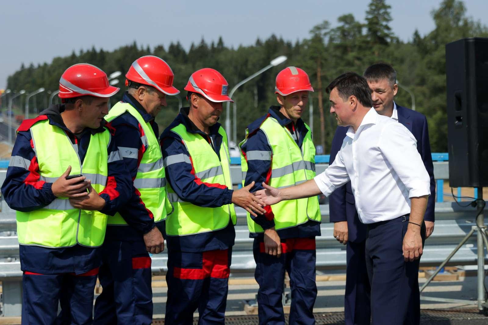 Без пробок и светофоров. Новую развязку перед индустриальным парком «Есипово» открыли в Солнечногорске | Изображение 1