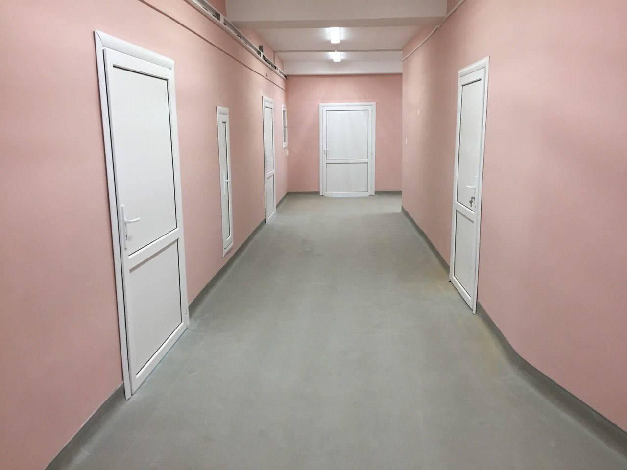 Кровлю, сантехнику и отделку обновили в пяти отделениях больницы Зарайска | Изображение 2