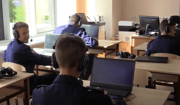 Школа-интернат с первоначальной летной подготовкой начала работать во Фрязине