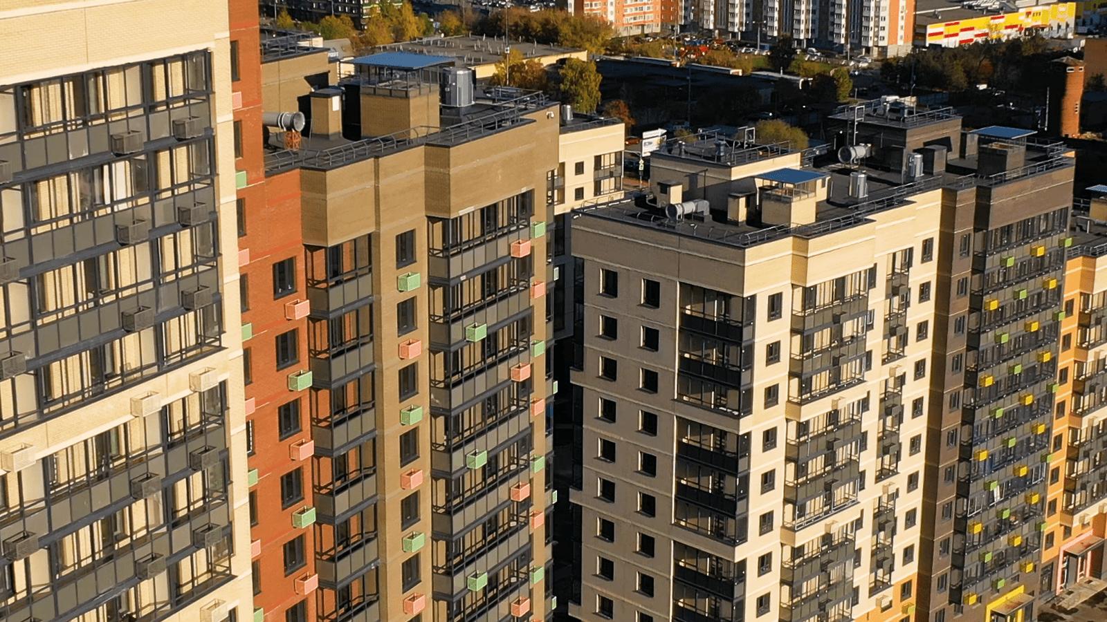 Первые 100 собственников получили ключи от новых квартир в ЖК «Большое Путилково» в Красногорске