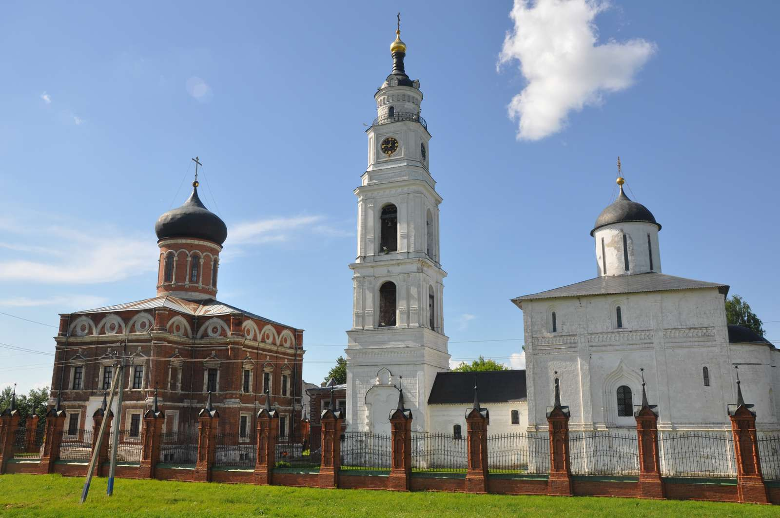 Пять самых популярных у туристов крепостей назвали в Подмосковье | Изображение 5