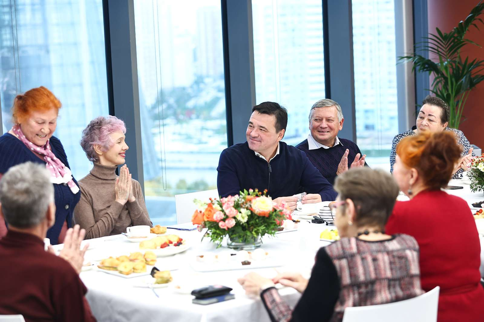 Современные и увлеченные. Как «Активное долголетие» помогает старшему поколению Подмосковья развиваться и путешествовать | Изображение 1
