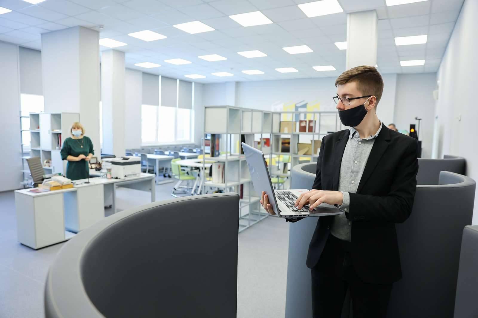Свыше 10 школ Подмосковья вошло в число лучших в России | Изображение 1